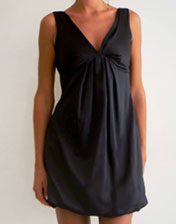 location de robe boule satin noir