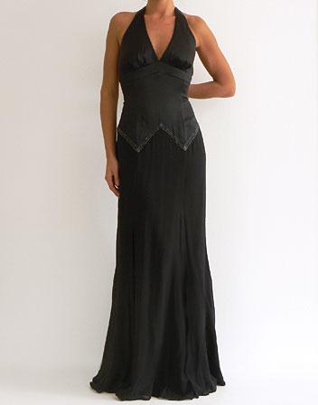 robe longue noire satin la mode des robes de france. Black Bedroom Furniture Sets. Home Design Ideas