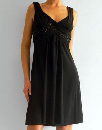 location de robe bcbg robe mi longue noire bcbgn rode de soir e louer pour galas mariage. Black Bedroom Furniture Sets. Home Design Ideas